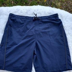 Roundtree and yorke swim trunks NWT Blue xxl